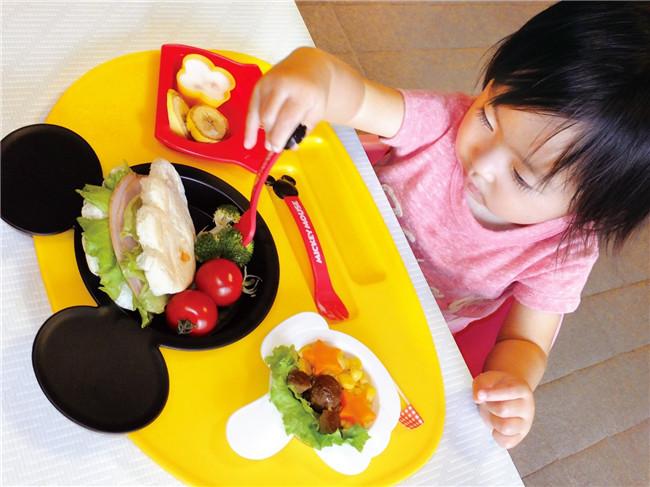日本进口锦化成米奇/米妮/维尼熊儿童宝宝餐具餐盘套装六件套