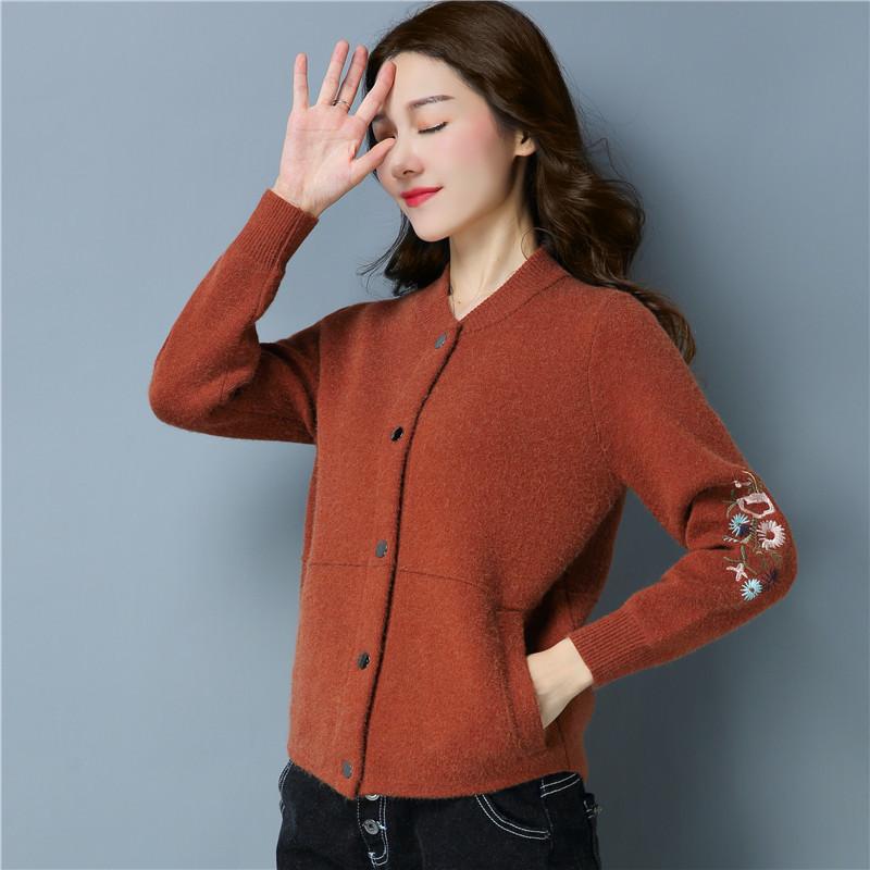 2018春装新款女装毛衣单排扣圆领外套女短款针织刺绣开衫