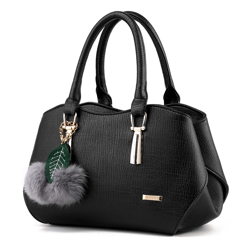 女包2017新款时尚潮流女士手提包欧美挂毛球PU皮大包单肩斜挎包