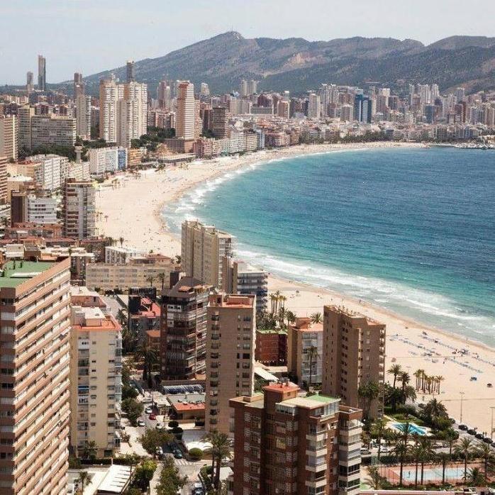 西班牙房产投资移民实地考察高端小包团8天7晚