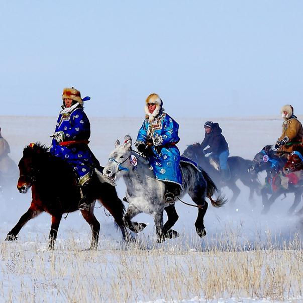 冰雪内蒙古、滑雪、滑沙、冬捕、美食、美景4晚5日跟团游(双飞)