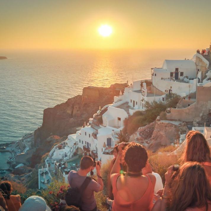 QR-尊享希腊浪漫体验之旅+悬崖海景+双岛+OIA落日+梅黛奥拉+奥特莱斯7晚10天4-5星